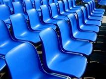Openlucht bioskoop blauwe zetels Royalty-vrije Stock Afbeeldingen