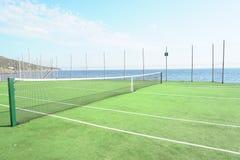 Openlucht de zomer overzeese van tennissporten bergen royalty-vrije stock fotografie