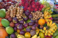 Openlucht fruitmarkt Royalty-vrije Stock Fotografie