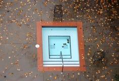 Openlucht Hete Ton in de Herfst Royalty-vrije Stock Foto's