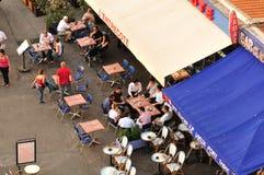 Openlucht koffie in Marseille stock foto's