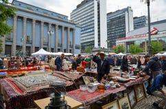 In openlucht vlooienmarkt in Stockholm, Zweden Royalty-vrije Stock Foto's