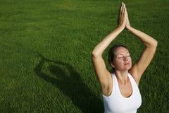 Openlucht Yoga royalty-vrije stock foto's