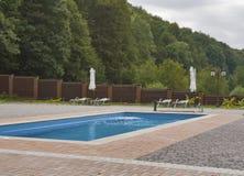 Openlucht Zwembad Stock Fotografie