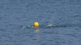 Openlucht zwemmen stock footage