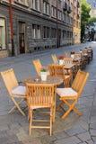 Openluchtkoffiewinkel op de straat in Bratislava, Slowakije Stock Fotografie