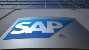 Openluchtsignage raad met SAP-het embleem van SE De moderne bureaubouw Het redactie 3D teruggeven Stock Afbeelding
