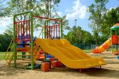 Openluchtspeelplaats op openbaar park Royalty-vrije Stock Foto's