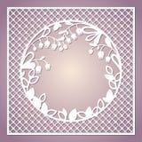Openwork квадратная карточка с лилиями долины Te вырезывания лазера Стоковые Фото