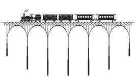 Openwork bro och lokomotiv Arkivfoto