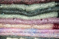 Openwork van de donsachtige sjaal van Orenburg Royalty-vrije Stock Foto's