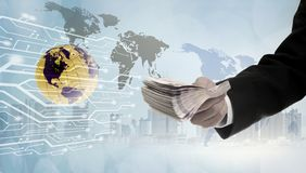 Operação bancária em linha digital da passagem do dinheiro do pagamento fotografia de stock