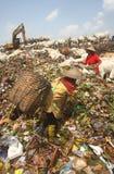Operação de descarga do final do lixo Fotografia de Stock