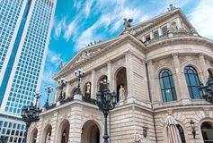 A operação Francoforte de Alte - am - teatro da ópera principal da cidade imagem de stock royalty free