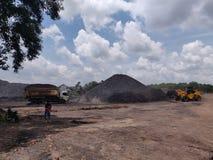 Operação na armazenagem de carvão, armazenagem de carvão do nível superior fotografia de stock