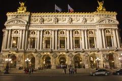 Opera Garnier alla notte, Parigi immagini stock