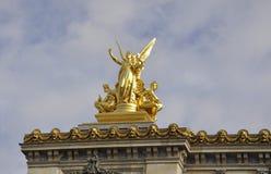 Opera Garnier Top Statues van Parijs in Frankrijk Stock Foto's