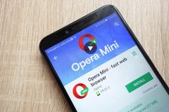 Opera Mini - fast web browser app on Google Play Store website displayed on Huawei Y6 2018 smartphone royalty free stock photos