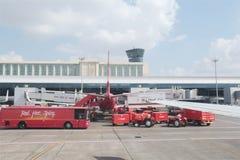Operaciones de tierra del aeropuerto Imagen de archivo libre de regalías