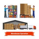 Operaciones, trabajadores y robots de Warehouse Imagenes de archivo