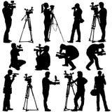 Operador cinematográfico com câmara de vídeo Silhuetas no branco ilustração do vetor