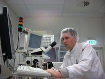 Operador da estação de medição Fotos de Stock Royalty Free