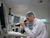 Operador da estação de medição Fotografia de Stock Royalty Free