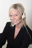 Operador de centralita telefónica bonito de la señora Foto de archivo libre de regalías