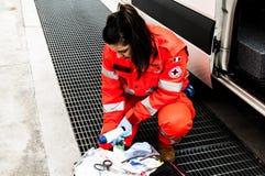 Operador de la emergencia en la acción Imagenes de archivo