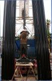 Operador del taladro del petróleo Fotos de archivo