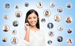 Operador novo, seguro e bonito do apoio ao cliente Fotos de Stock Royalty Free