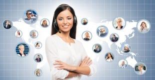 Operador novo, seguro e bonito do apoio ao cliente Imagens de Stock Royalty Free