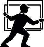 Operaio che tratta trasportando lastra di vetro Fotografie Stock Libere da Diritti