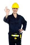 Operaio di costruzione della donna al suo meglio Immagini Stock