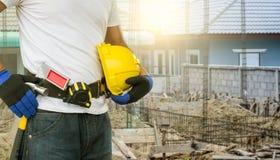 Operaio di costruzione pronto a funzionare fotografia stock libera da diritti