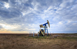 Operating oil and gas well Stock Photography