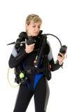 Operatore subacqueo che controlla pressione immagini stock