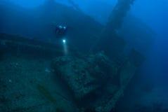 Operatore subacqueo con il serbatoio Fotografie Stock Libere da Diritti