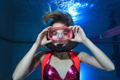 Operatore subacqueo di scuba femminile immagini stock