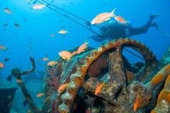 Operatore subacqueo e naufragio Fotografia Stock