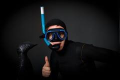 Operatore subacqueo e pinguino in Antartide Fotografia Stock Libera da Diritti