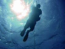 Operatore subacqueo e sole Fotografie Stock Libere da Diritti