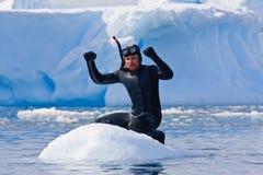 Operatore subacqueo sul ghiaccio Fotografia Stock