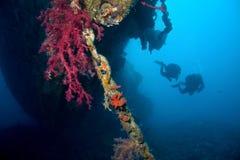 Operatori subacquei e naufragio Immagine Stock