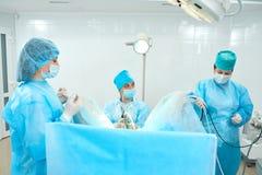 Operazione in corso all'ospedale fotografia stock libera da diritti