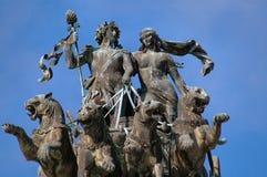 Opernhaus-Statue in Dresden, Deutschland lizenzfreie stockfotografie