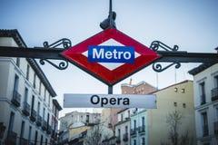 Opery stacja metru, stara ulica w kapitale Hiszpania Fotografia Royalty Free