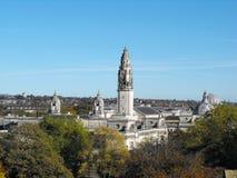 Opgeheven mening van het openbare centrum van Cardiff stock foto