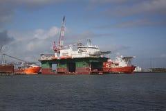 Opgelegd booreiland in haven bij Galveston-Haven royalty-vrije stock foto's