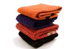 Opgestapelde handdoeken stock foto's